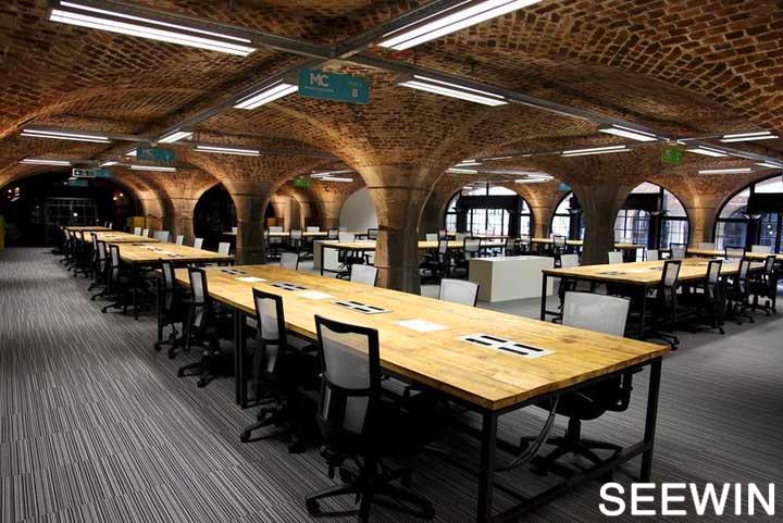 住在地窖的公司 工业风loft办公欣赏 |办公空间设计图片