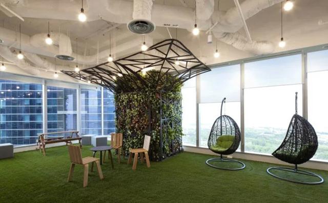 将绿色上海办公家具搬进办公室