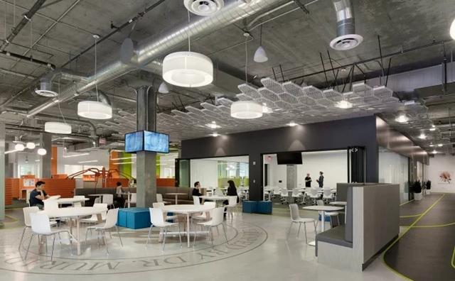 如何利用办公家具颜色区分办公空间
