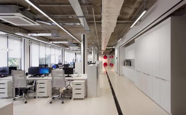 如何挑选开放式办公空间屏风工作位!