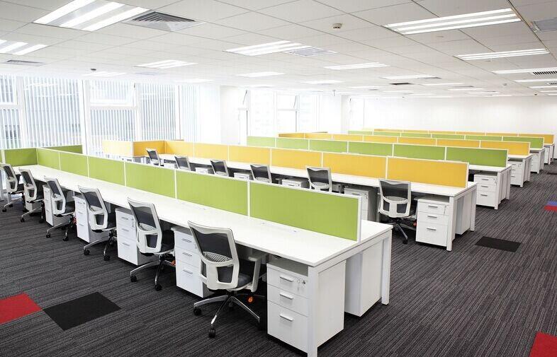 办公桌厂家教你如何正确选购板式办公桌
