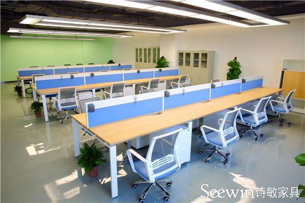 办公室不同区域的办公桌风格设计理念介绍