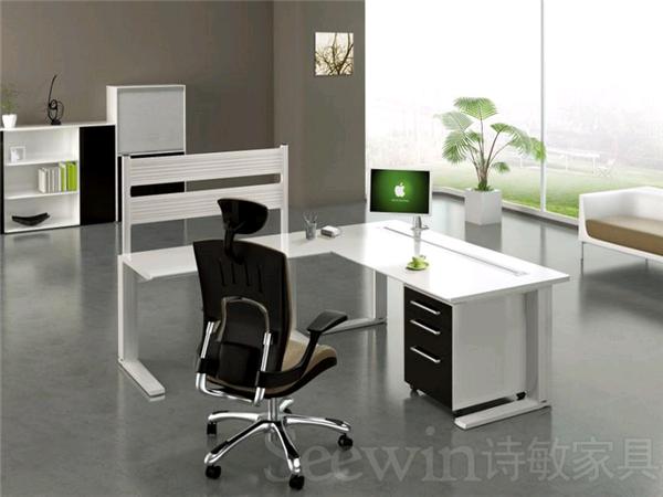 组合型时尚办公室家具有何优势?