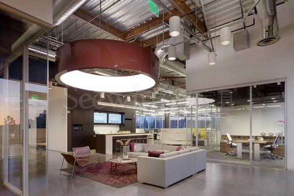 如何利用办公家具改造你的办公空间