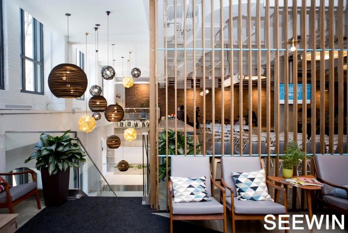 Shopify办公室设计蒙特利尔简约工业风