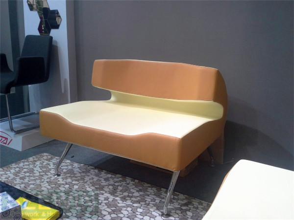 小型办公家具走俏市场-高隔间悄然流行