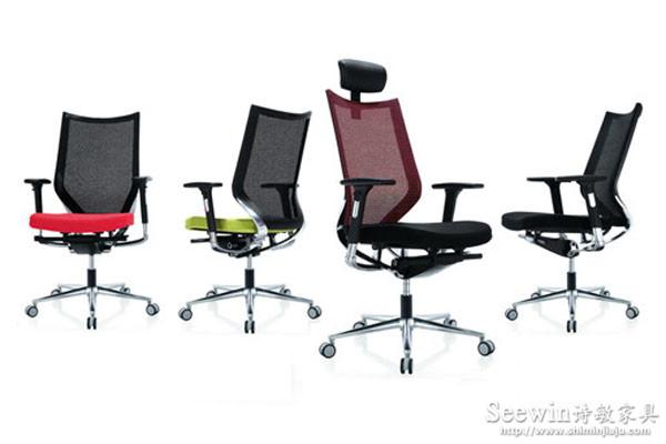 在办公家具选料上,我们不断探寻,精益求精!