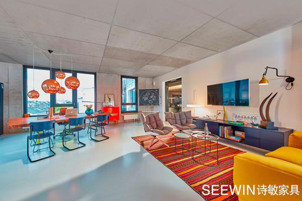 未来元素让黑客公司办公空间多姿多彩!