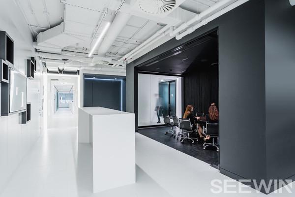 城市化,未来感,创新性的时尚办公空间