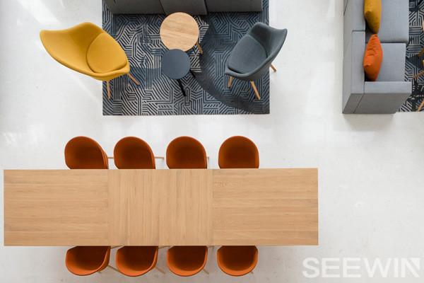 年代与现代的一种平衡,SOHO办公空间欣赏