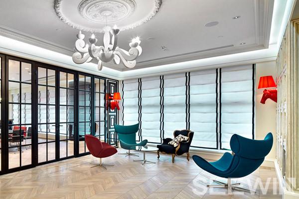 """高端奢华的""""法式咖啡馆""""办公空间"""