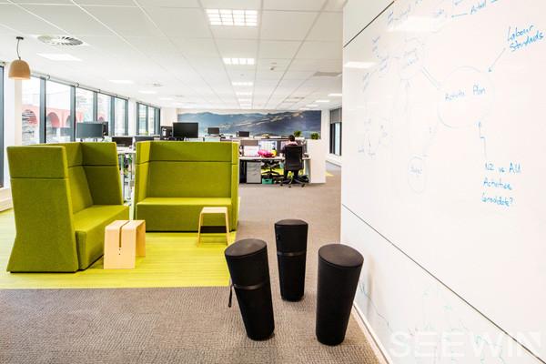 将公司文化与办公空间融于一体才是最完美的空间设计