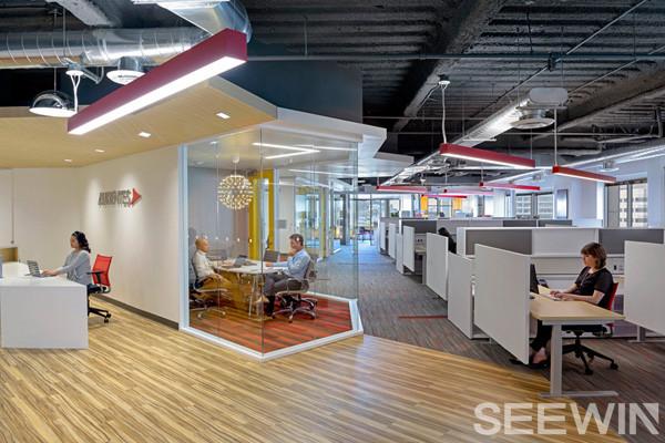 创意办公家具设计,以客观的形式呈现出工作的严肃性