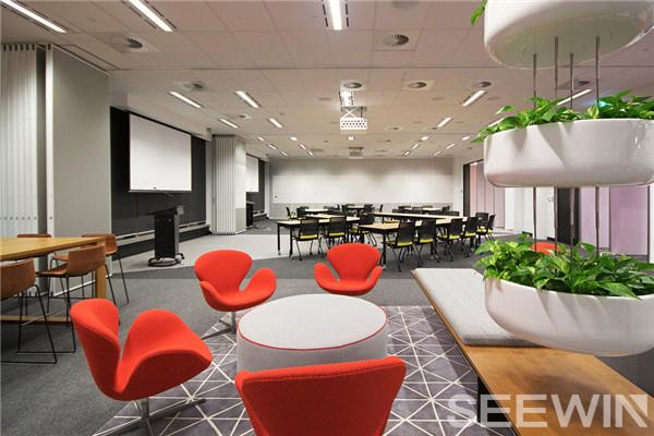 时尚魅力、灵动多变与协同合作的创意办公空间