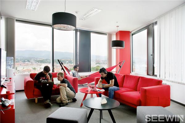 拥有强大气场和超级能量的办公空间设计