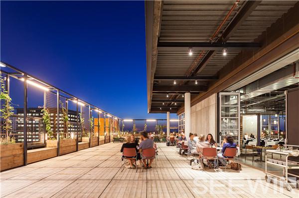 设计将一座破旧办公楼变成一套充满活力的生态系统