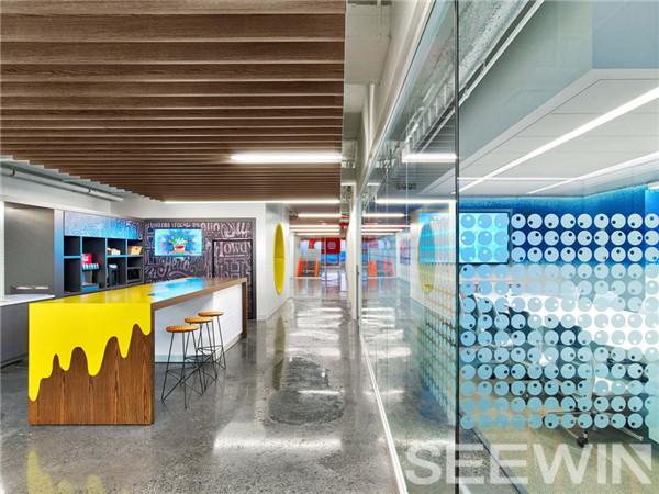 各自拥有独特设计元素却又和谐统一的童趣办公空间
