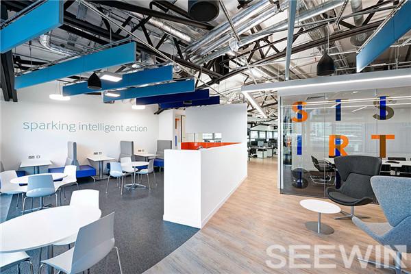 时尚办公家具理念打造灵动多元的工作环境