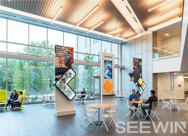 跃动色彩激创意灵感;灵动空间布局鼓励员工深度合作