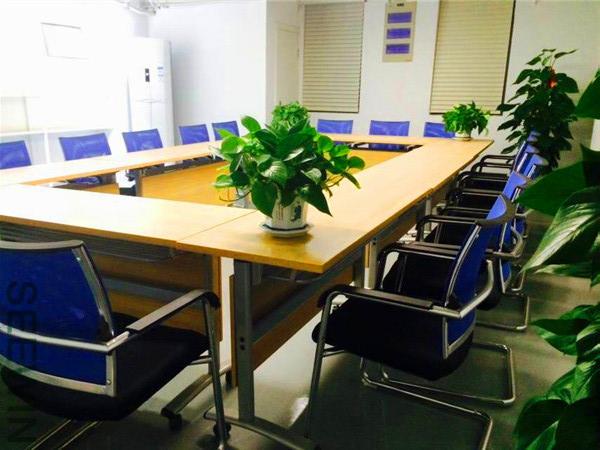 木质办公用家具正确和错误保养做法