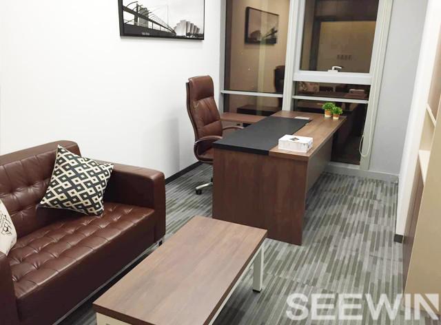 那么在选购松木办公室家具还需要注意什么呢?