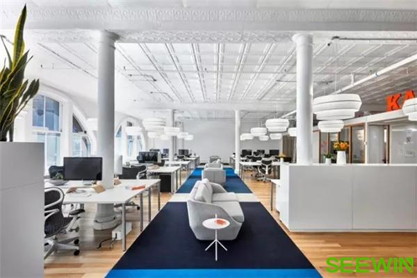 打造一个创新美学空间,为员工提供交流与协作的完美工作氛围