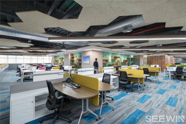 一个生活型办公空间,高性能的工作场所