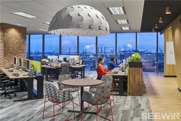 打破传统的形式观念,创建灵动高效的办公环境