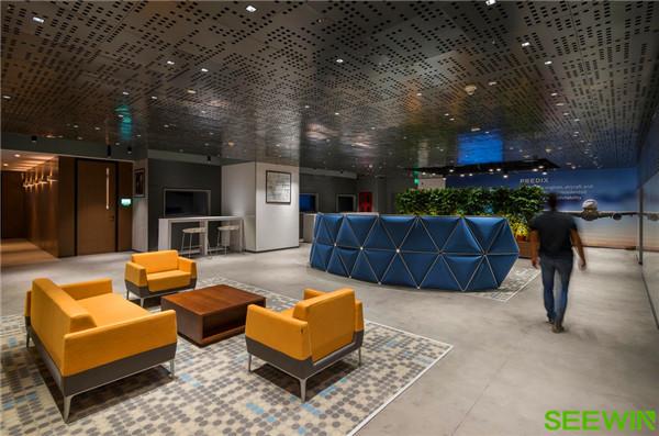 丰富的色彩、构造,打造缤纷视觉的办公环境
