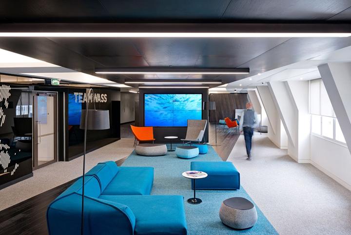 黑白色调 传媒集团Wasserman伦敦总部办公家具设计