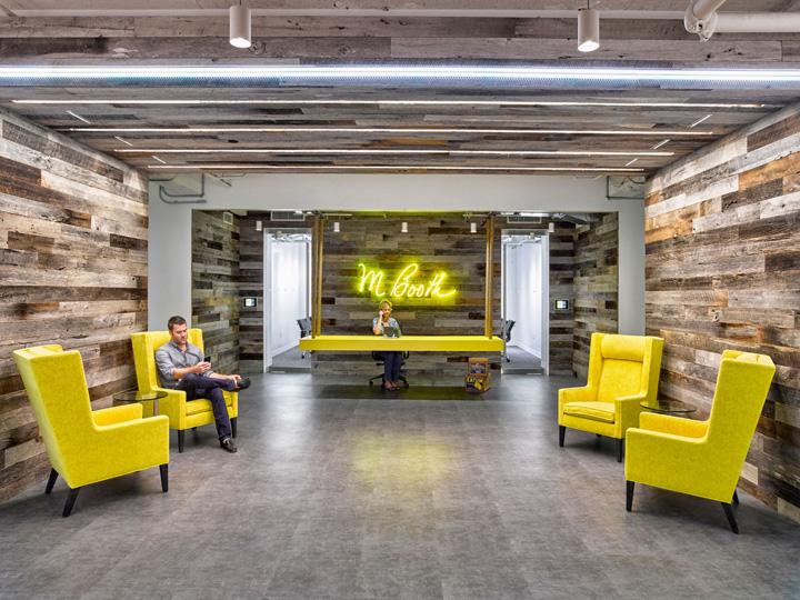 一抹黄 M Booth纽约总部办公家具设计欣赏