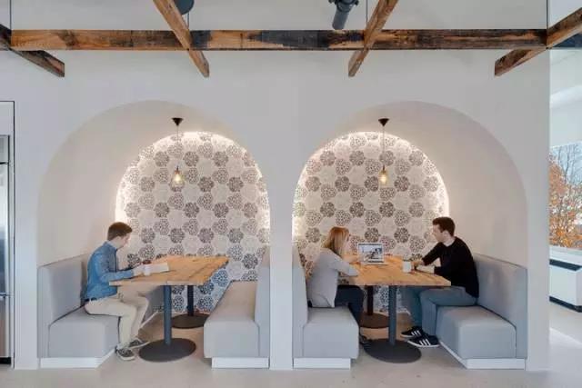 优雅灵动 美国Priceline诺沃克办公家具设计