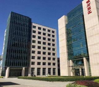 上海银石科技商务园区附近哪里有办公家具展厅?