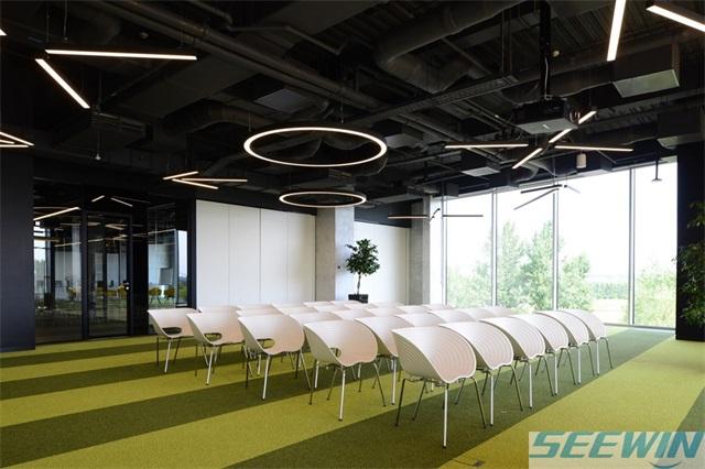 健康和效率的提高可以通过办公家具协调性实现