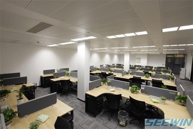 材质、舒适性、可拆卸性采购办公家具缺一不可