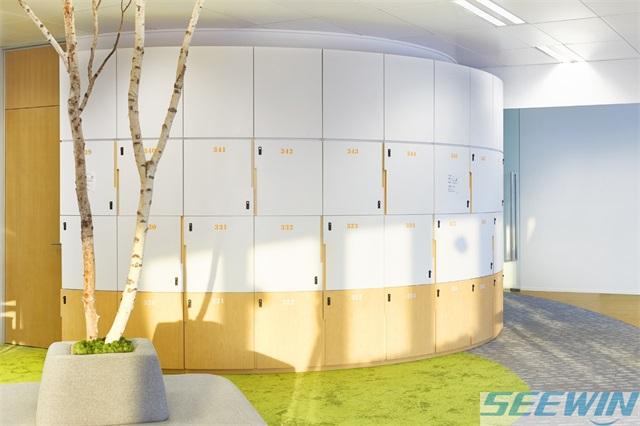老板心思设计的办公家具追求大气与淳厚的风格